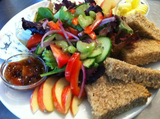Cote How Organic Tea Room: Delicious Ploughmans with Blue Stilton