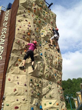 Station Mont Tremblant : Wall climbing