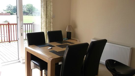 Ashbourne Heights Holiday Park: Dining Room