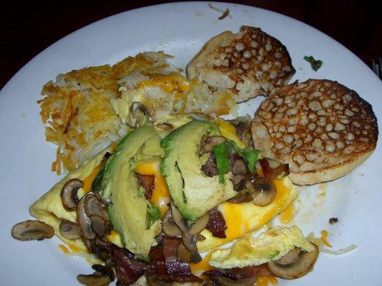Main Street Bar & Grill: omelete