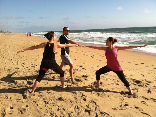 Aloha Yoga Susan : Family Extension: Warrior II