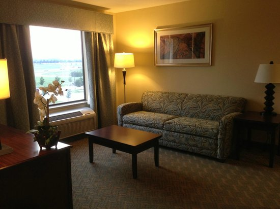 Hampton Inn & Suites Dallas-Arlington-South: View of the living room.  I was standing beside the desk.