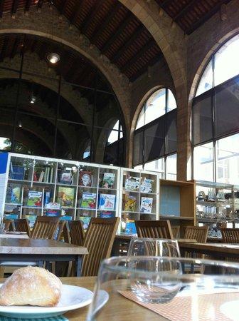 Norai Raval: interior de la cafeteria