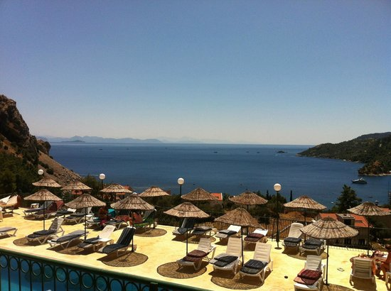 Serena Suites: View from pool