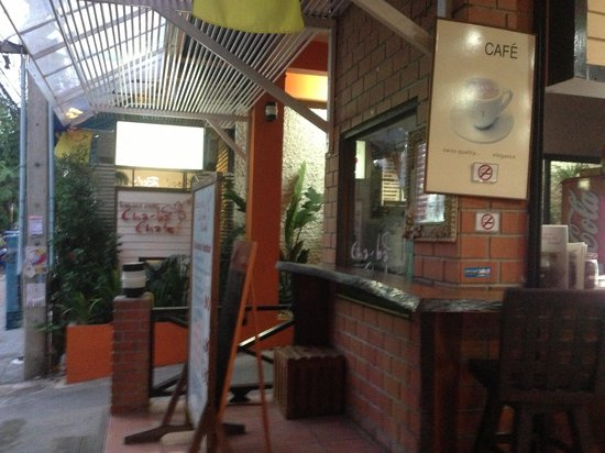 Cha-Ba Chalet Hotel: Hotel simple oulook