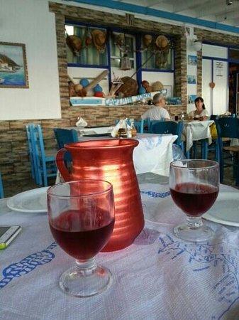 Captain John Restaurant: Having dinner in Captain John.