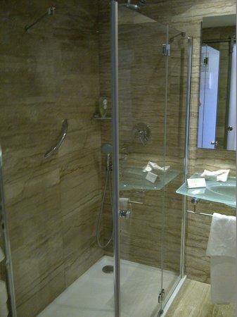 Grupotel Taurus Park: La salle de bain