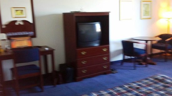 Heritage Inn and Golf Club: tv