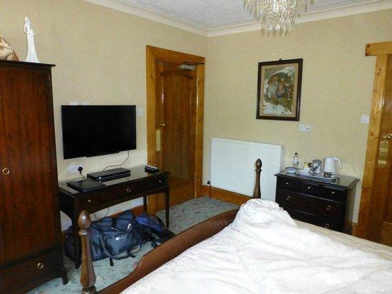 Mountbatten Court: Bedroom
