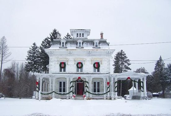 Marble Mansion Inn: Winter wonderland
