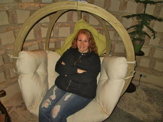 Le Manoir Equivocal : The hanging chair in the Dovecote was so comfortable. I loved curling up in it.