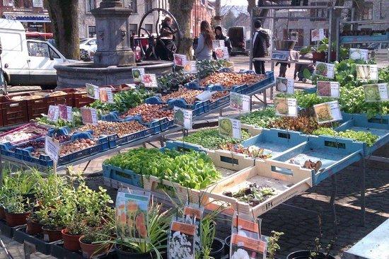 Petite-Chapelle, Belgique : Market - vegetables