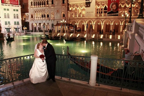 Scenic Las Vegas Weddings Chapel Venetian