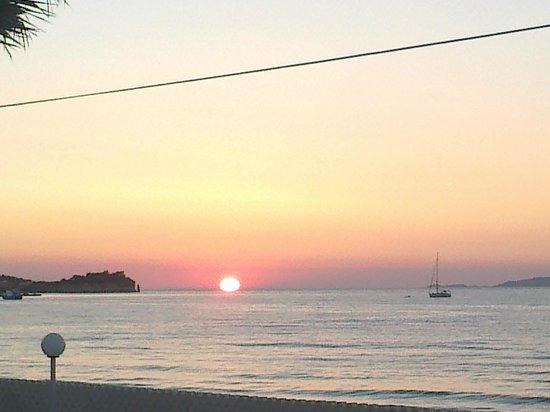 Sidari Beach Hotel: immagine del tramonto vista dall'Hotel