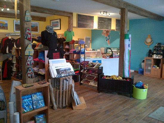 Seaside Suites Gros Morne Newfoundland: Seaside Souvenirs & Deli