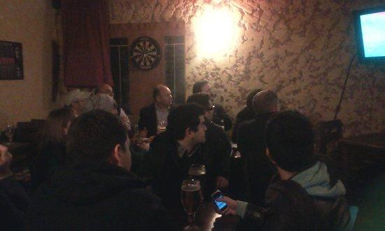 The Black Rock Pub: Salão