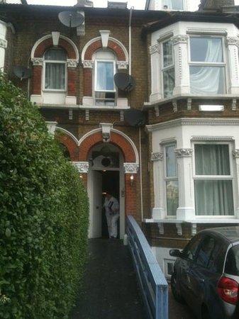 London Olympus Hotel Image