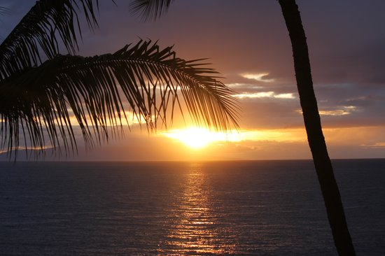 Polo Beach Club: The sunset from our balcony!