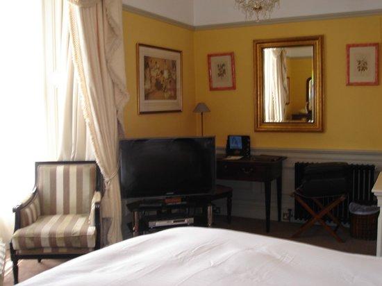 Empire Hotel Llandudno: Antique desk, Sir Wm Russell Flint print, TV and DVD player