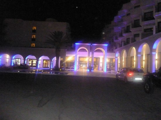 Mitsis Faliraki Beach Hotel & Spa: late
