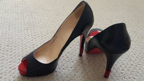 Christian Louboutin: Black leather Very Prive 120 Kid