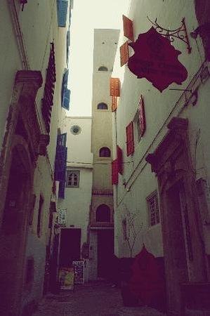 Riad Orange Cannelle : Ruelle d'accès au riad