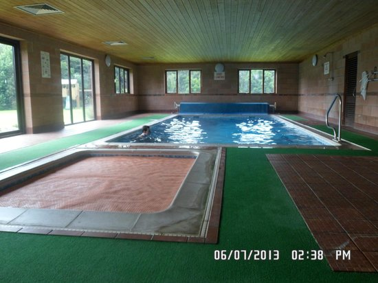 Low Costa Mill Cottages: pool