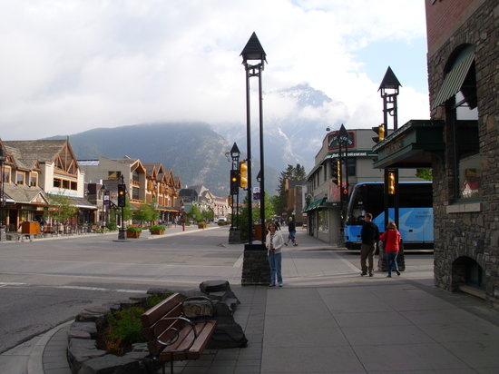 Mount Royal Hotel : Mount Royal/Banff Avenue