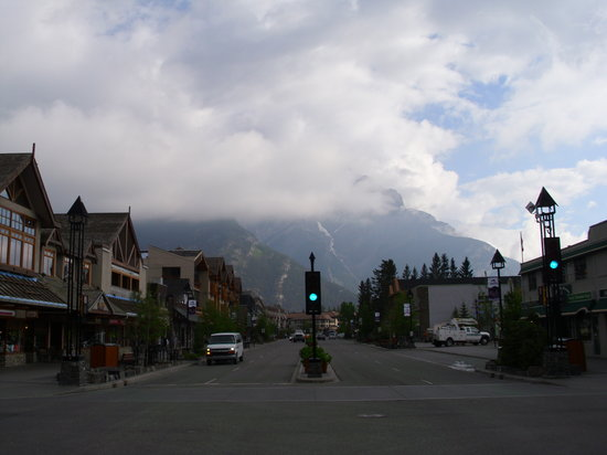Mount Royal Hotel : Mount Royal/Banff Avenue, Canada