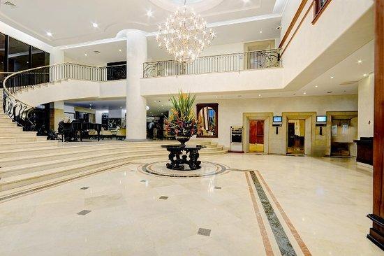 댄 칼튼 호텔