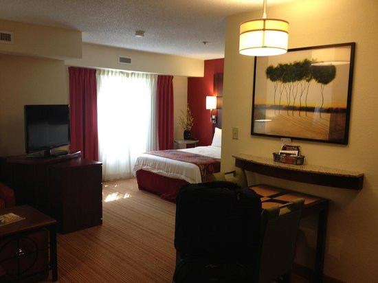 Residence Inn Macon: Room