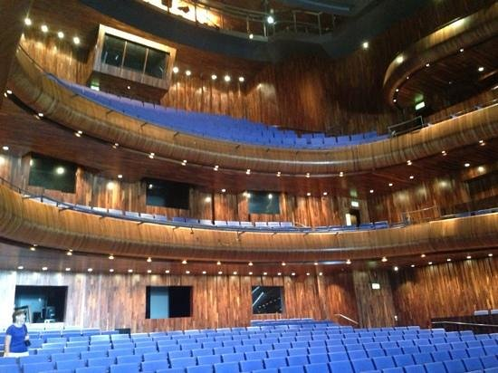 County Wexford, Ireland: The Wexford Opera house where the walking tour ends.  Every leading up to here was good.  This w