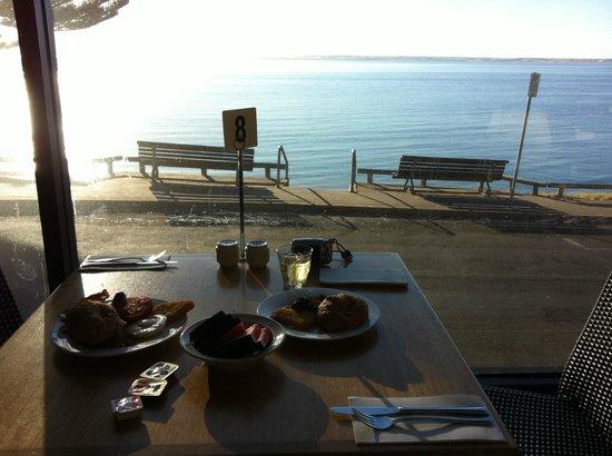 Aurora Ozone Hotel: Breakfast included