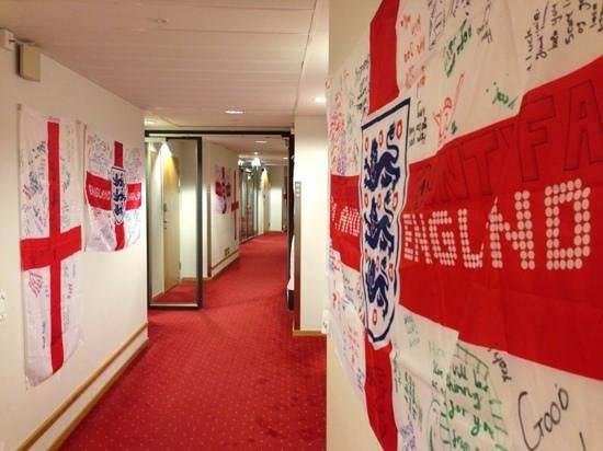 Scandic Linkoping City: british supporters showing their support
