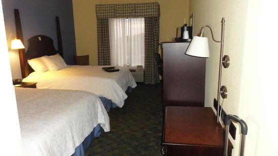 Hampton Inn & Suites Natchez: Room interior