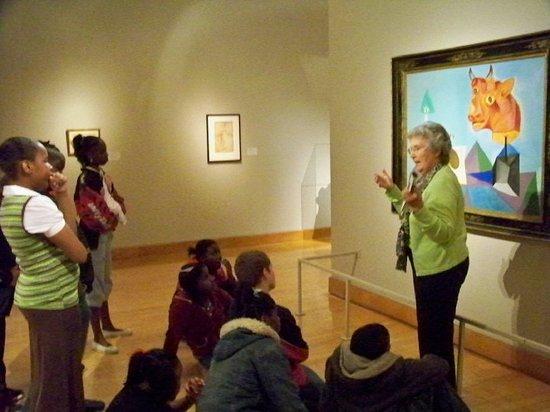 Arkansas Arts Center: Tour guide discusses an original painting by Pablo Picasso