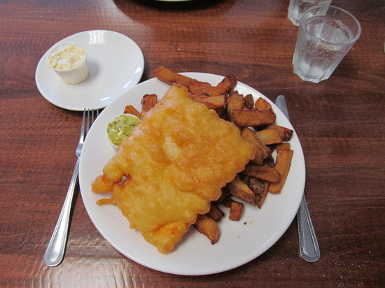 Papa Luigi Pizza and Fish & Chips: Fish and Chips