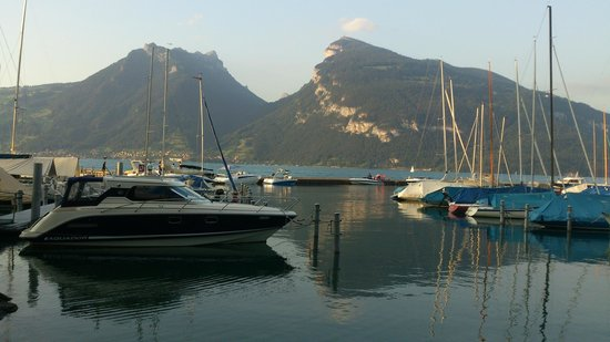 Thunersee - harbour near Faulensee