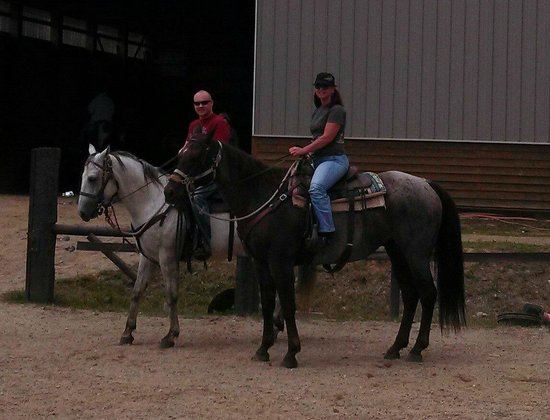 Western Pleasure Guest Ranch: Jesse and I on Blue and Red