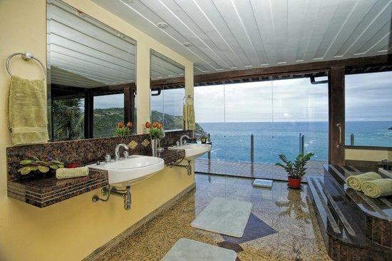 Balcony - Picture of Cliffside Luxury Inn, Armacao dos Buzios - Tripadvisor