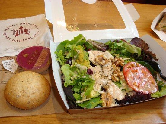 Pret A Manger Chicken Walnut Salad W Wheat Bun