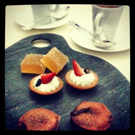 Le Millenaire: coffee 'nd goodies