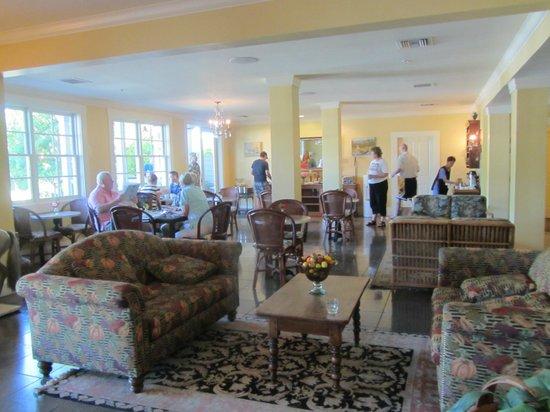 Inn at Sonoma, A Four Sisters Inn: Lobby Area