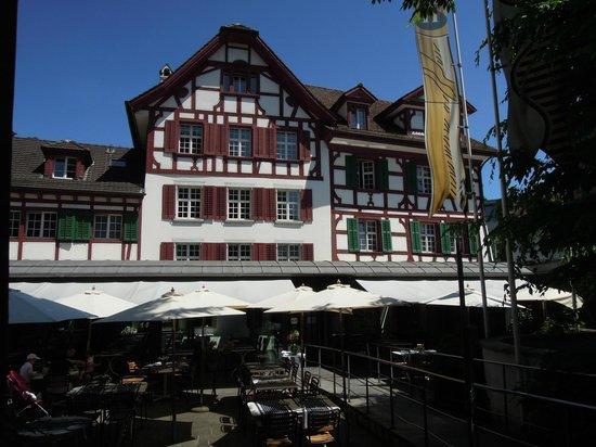 Hotel Hofgarten: Hotel Garden and Restaurant