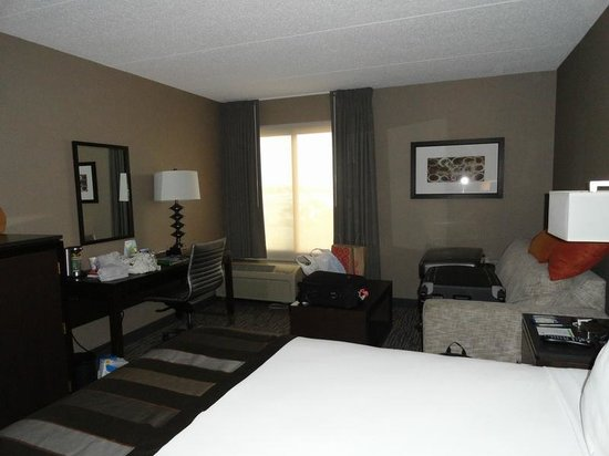 Wingate by Wyndham Los Angeles International Airport LAX: our King Bed Deluxe