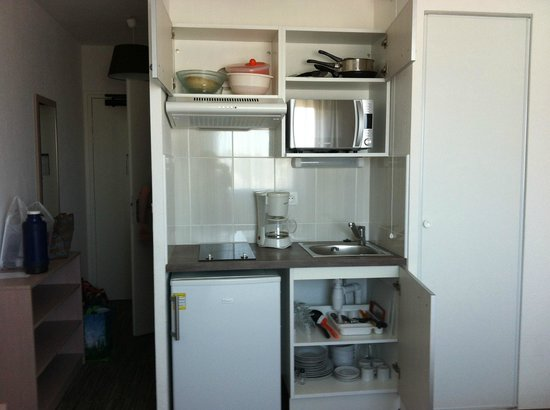 All Suites Appart Hotel Dunkerque : Kitchenette