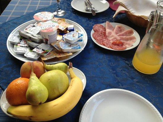 Hotel Villa Diana: Breakfast!