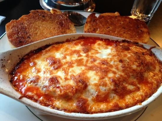Daddyo's Pizza & Ribs : loved the lasagna more than the pizza, fresh and delicious