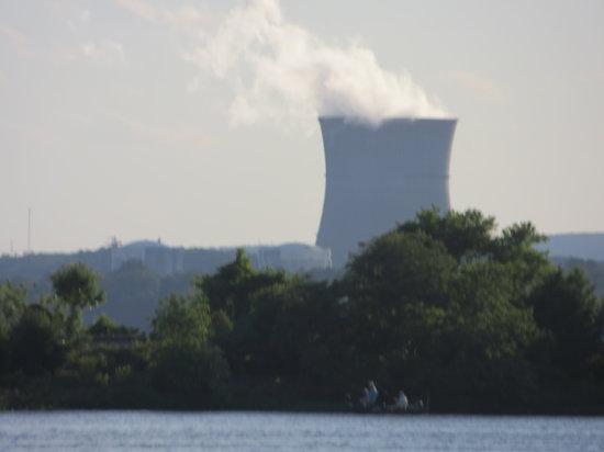 Days Inn & Suites Russellville : Russellville - Nuclea power plant