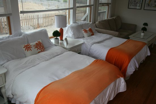 The Palms Hotel Fire Island: Turtle Bay Cottage
